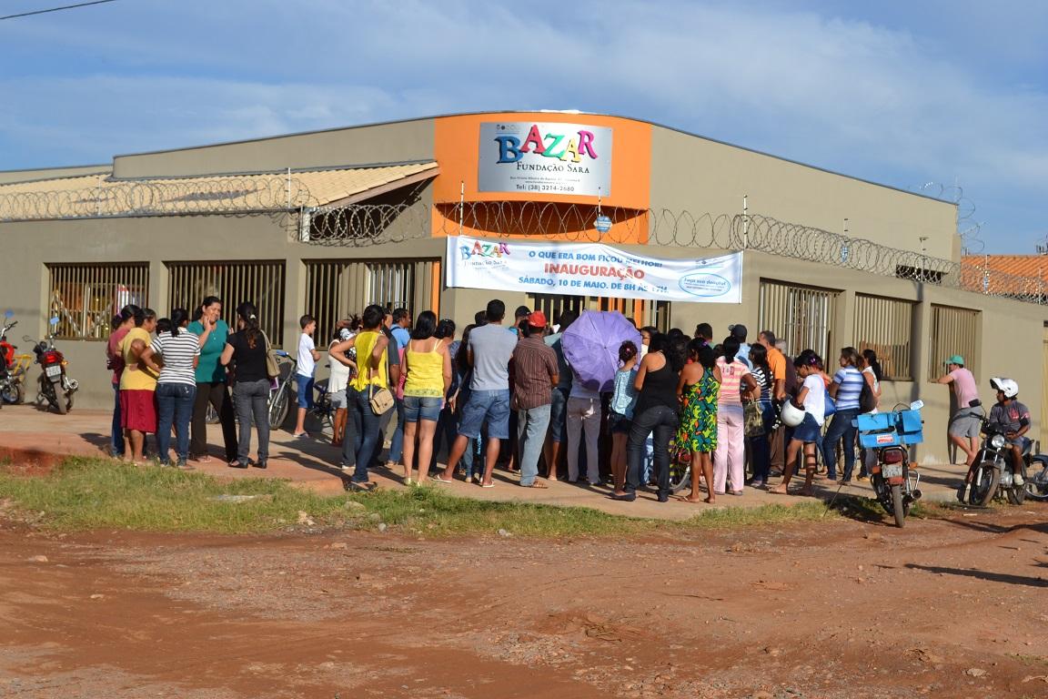 Construção da sede do Bazar Fundação Sara, em Montes Claros